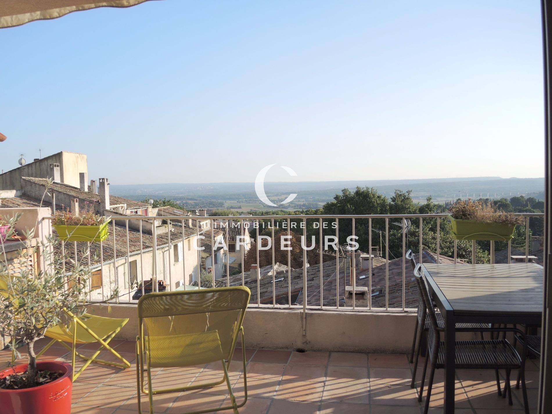 Vente maison r nover aix en provence centre ville pied for Maison de l emploi aix en provence