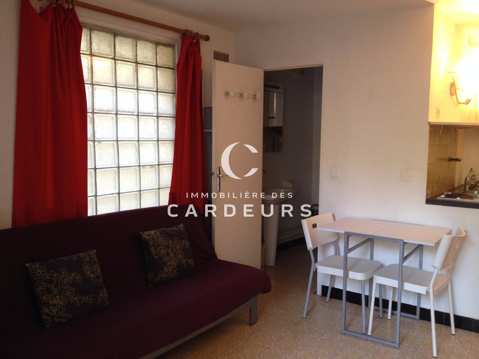 location studio meubl aix en provence centre ville. Black Bedroom Furniture Sets. Home Design Ideas